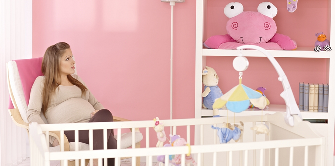 Een baby op komst: zo maak je ruimte voor de babykamer!