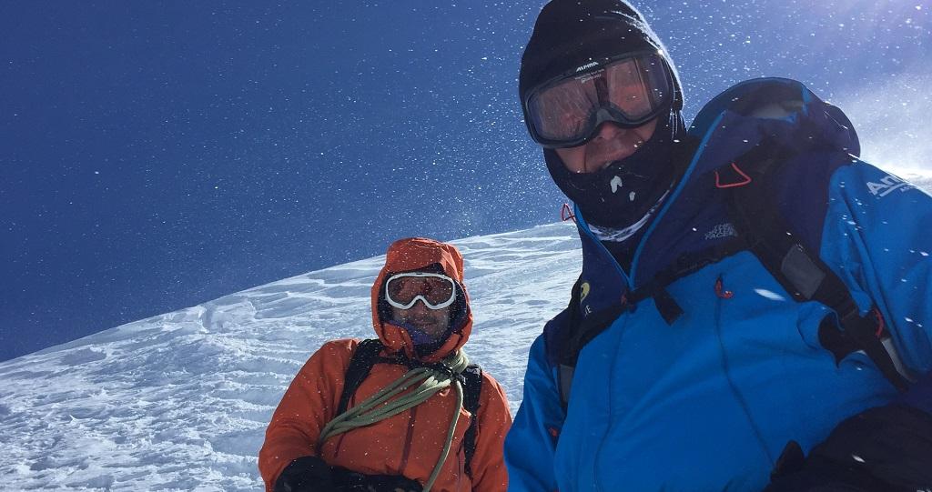 ALLSAFE naar top Mont Blanc voor Climb4School