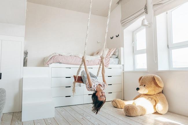 Opbergruimte in kleine kinderslaapkamer